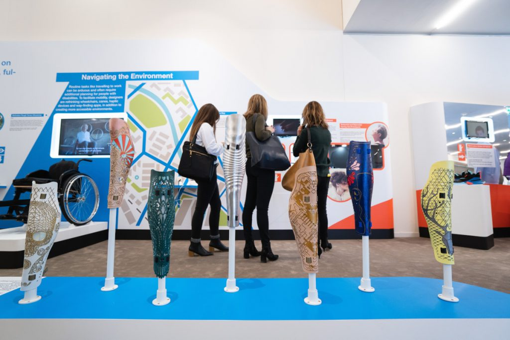 Ways to Attract People to Your Exhibition Stand